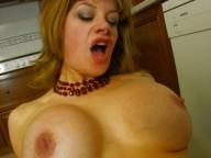 Vidéo porno mobile : Jordanne's aunt does porn!